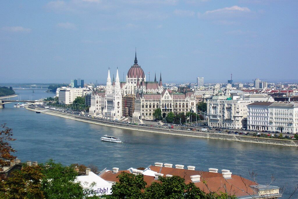 Pripojiť Budapešť